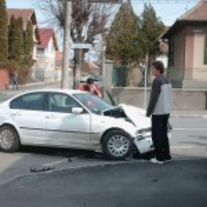 Accident: Bmw versus Ford